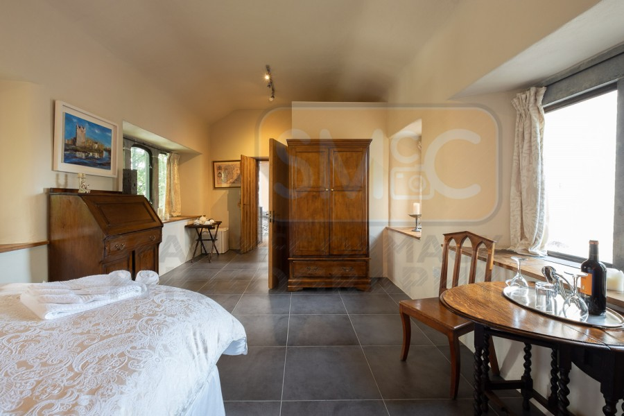 Claregalway Castle for Airbnb